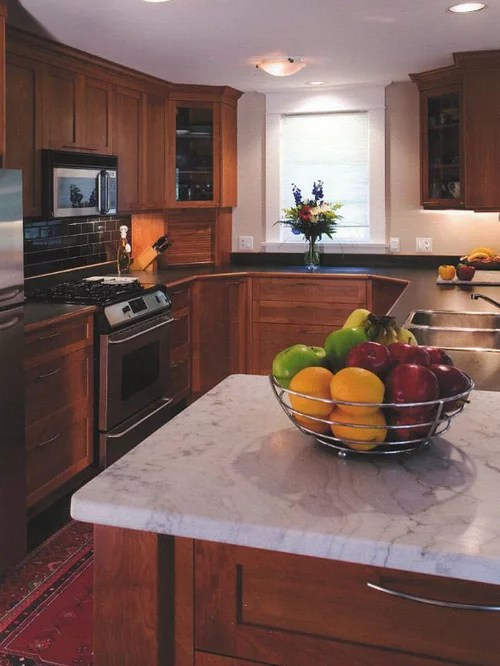 traditional galley kitchen design ideas remodel pictures small traditional galley eat kitchen design photos medium