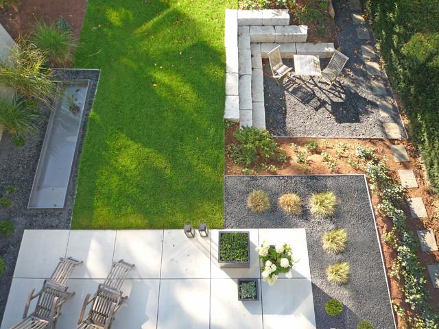 Doppelhaushälften am Hang - Modern - Garten - Sonstige - von Weber - garten am hang