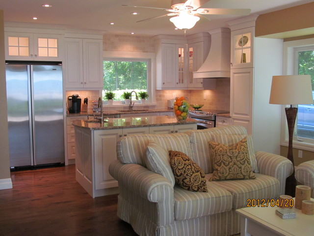 Balsam Lake Cottage Kitchen - Traditional - Kitchen - Toronto - lake house kitchen ideas