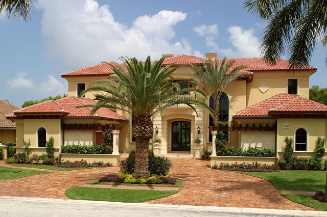 Tuscan House - Mediterranean - Exterior - Miami - By Hollub Homes