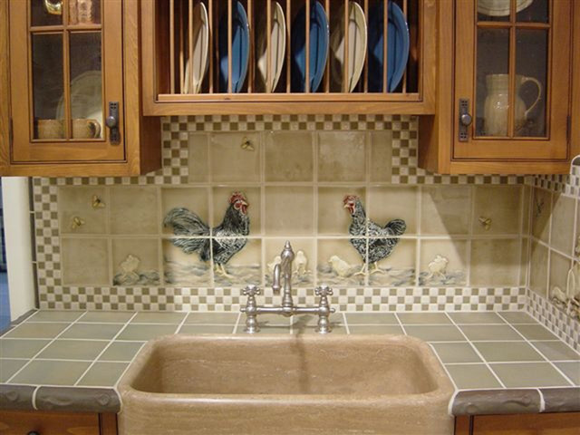 Mosaic Rug Fox And Chicken Backsplash - Traditional - Kitchen