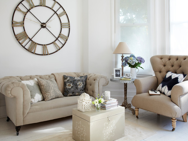 Living Room with Clock - Country - Living Room - London - by rigby - living room clock