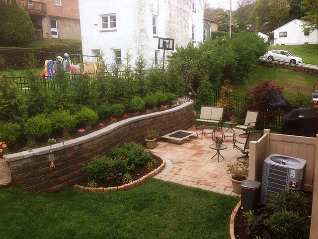 Multi Level Yard - Patio Below Retaining Wall - Traditional