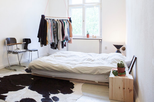 Tappeto Ikea Mucca 10 Tips For A Small Closet
