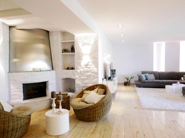 Wohnberatung - Umgestaltung Wohn-Esszimmer mit Kaminecke - Modern - wohn und esszimmer modern