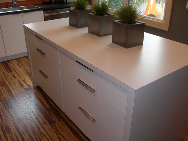 Laminat Modern Laminate Countertops - Modern - Kitchen - Milwaukee - By
