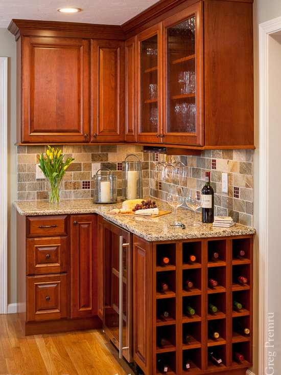 small traditional galley eat kitchen design photos medium eat kitchen ideas small kitchens small farmhouse kitchen design