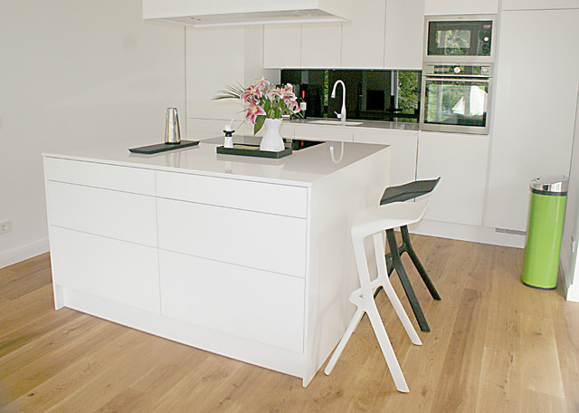 Moderne Weiße Küche ambiznes - weise moderne kuche