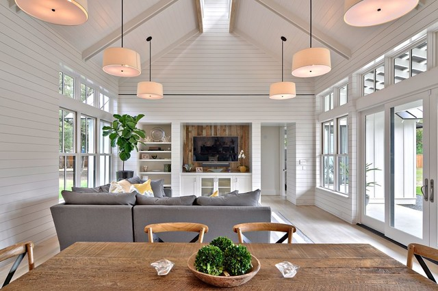 Traditionnelle Sofas With Wood Modern Farmhouse - Farmhouse - Dining Room - Austin - By