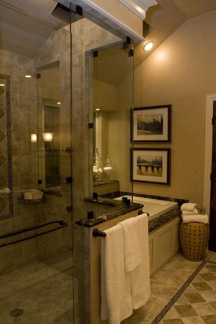 Classic Kitchen Cabinets Inc Small But Quaint Master Bath - Traditional - Bathroom