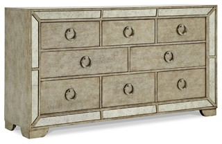 Pulaski Furniture Farrah Dresser Transitional Dressers