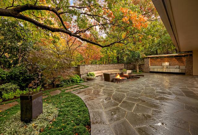 Mid-Century Modern Residence & Garden - Midcentury - Landscape