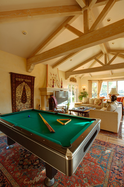 Kitchen Remodel Ideas With Vaulted Ceiling Vaulted Ceiling Family Room With A Pool Table