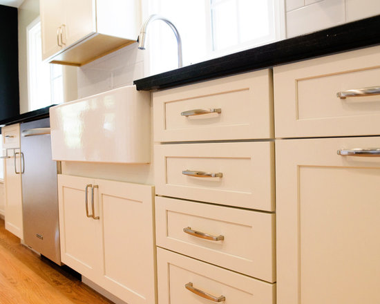 traditional galley kitchen design ideas remodels photos light small traditional galley eat kitchen design photos medium