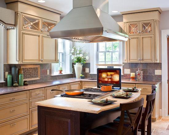 large shaped eat kitchen design photos island beige small shaped eat kitchen design ideas remodels photos