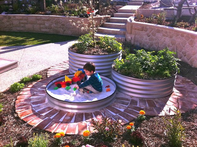 Garden Screen - Eclectic - Landscape - Perth - by sustainable - sustainable garden design