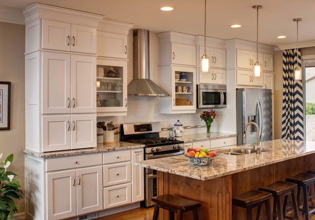 Rope Lighting With Crown Molding Traditional White / Linen Kitchen Great Room Remodel