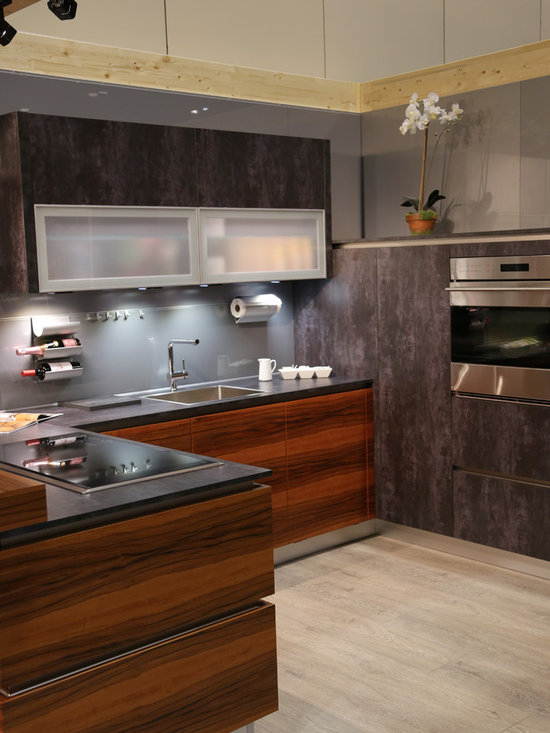 kitchen design ideas remodels photos metallic backsplash flat small shaped eat kitchen design photos flat panel