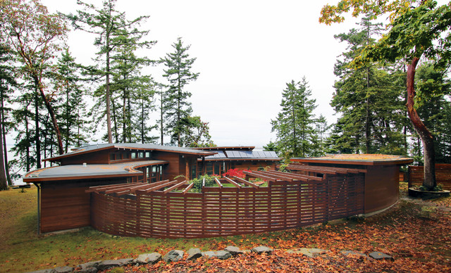 Booklovers House | Sidney Island contemporary-exterior
