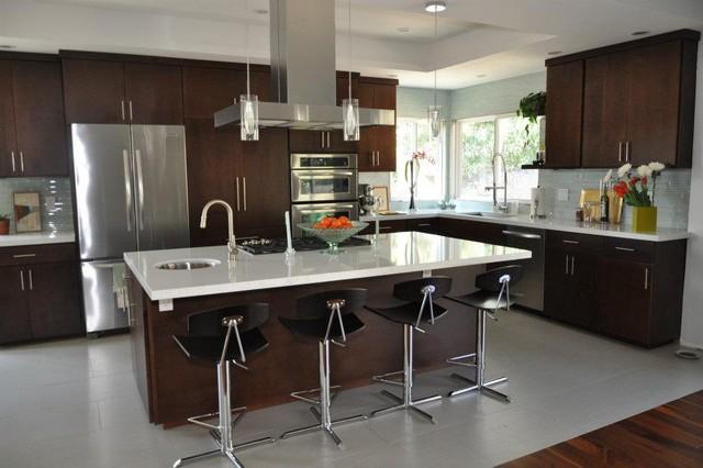 Modern Open Kitchen - Modern - Kitchen - San Francisco - By Logan