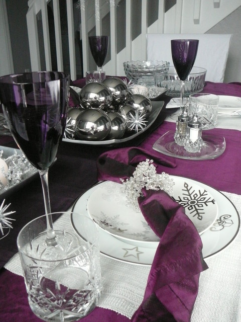 Snowflake Granite Winter Holiday Plum Tablescape