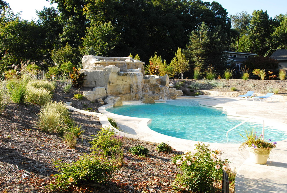 Pool Teich Fountain Wow! - Contemporary - Pool - Cedar Rapids - By ...