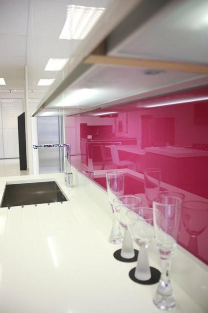 glass backsplashes modern kitchen dc metro dulles glass modern kitchen backsplash modern kitchen backsplashes pictures