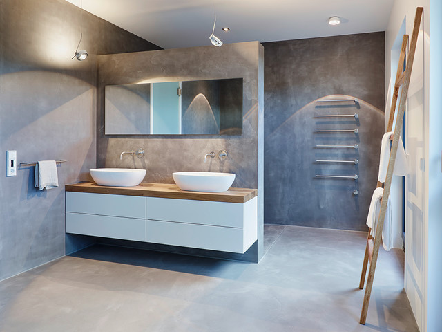 Coole Trendfarbe im Bad 11 Bäder in Grautönen - badezimmer hell grauer boden