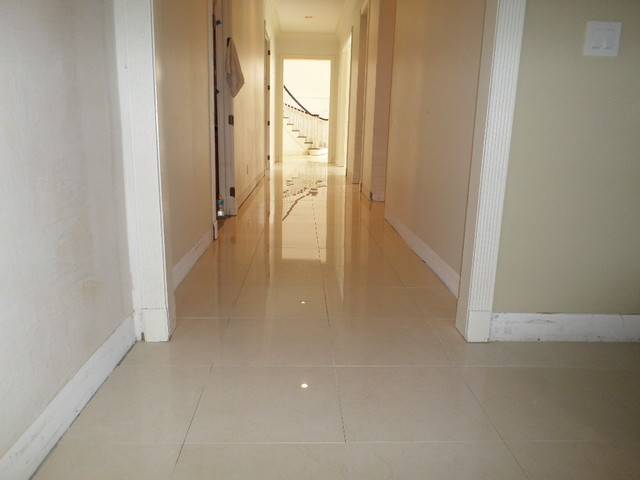 "1 8 Grout Line Polished Porcelain, 24""x24"" Tile With A 1/8"" Grout Line"