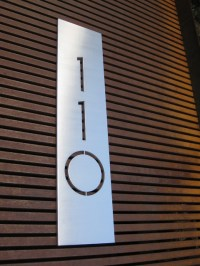 modern house numbers - plaques - Modern - Exterior ...