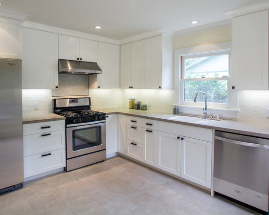mid sized traditional kitchen design photos quartz countertops small traditional galley eat kitchen design photos medium