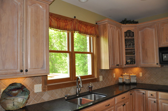 kitchens backsplashes transitional kitchen cincinnati kitchen backsplash traditional kitchen
