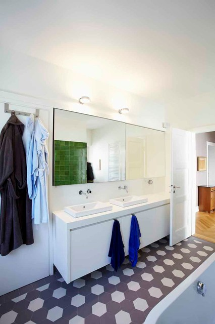 Wohnhaus 20er Jahre   Badezimmer 20er