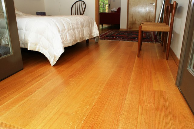 Rift And Quartersawn Red Oak Flooring Traditional
