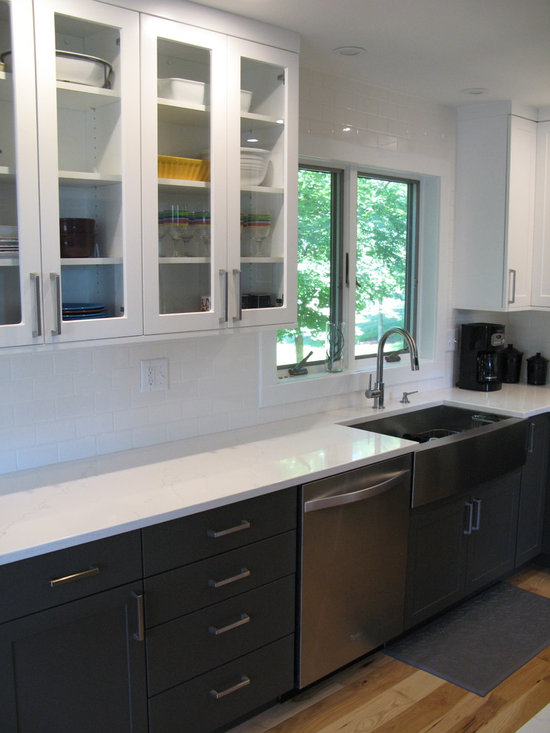 small mid sized modern shaped kitchen design photos small shaped eat kitchen design ideas remodels photos