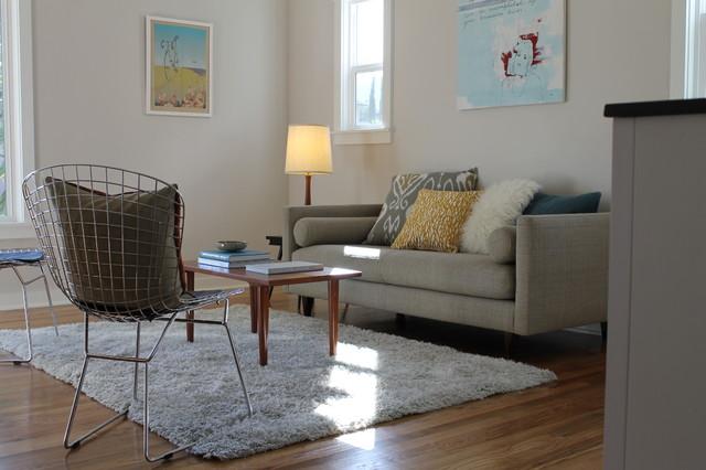 Bertoia Chair, Mid Century Modern Table And Modern Art - Modern