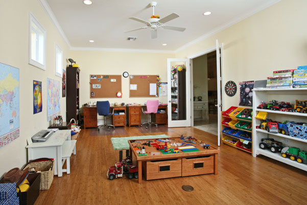 Il Reglao Rec Room - Traditional - Kids - Miami - By Imperial