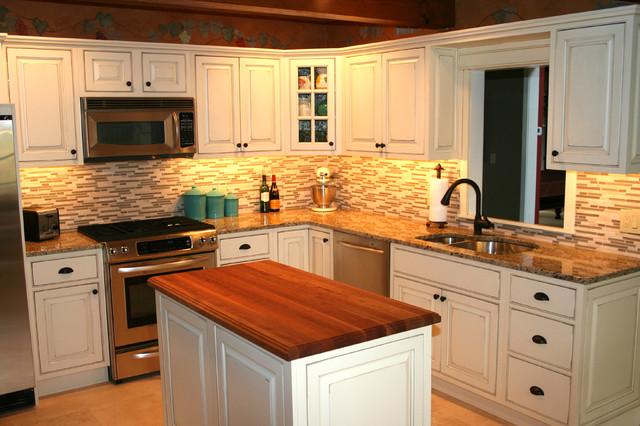 traditional kitchen glass backsplash traditional kitchen kitchen backsplash traditional kitchen
