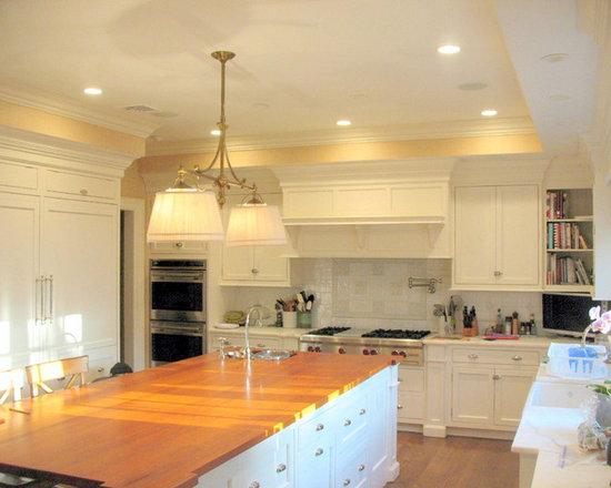 shaped kitchen design ideas remodels photos flat panel small shaped eat kitchen design photos flat panel