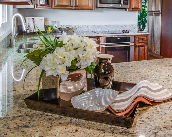 small shaped kitchen design ideas remodels photos brown inspiration small transitional shaped kitchen remodel