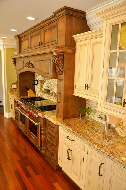 kitchens backsplashes traditional kitchen kitchen backsplash traditional kitchen