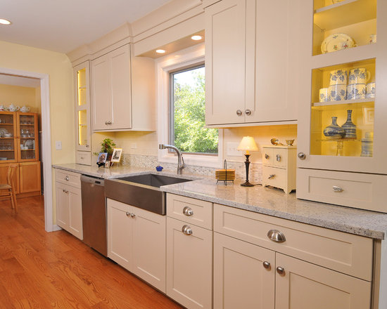 small traditional galley kitchen design ideas remodels photos small eat kitchen design photos colored appliances