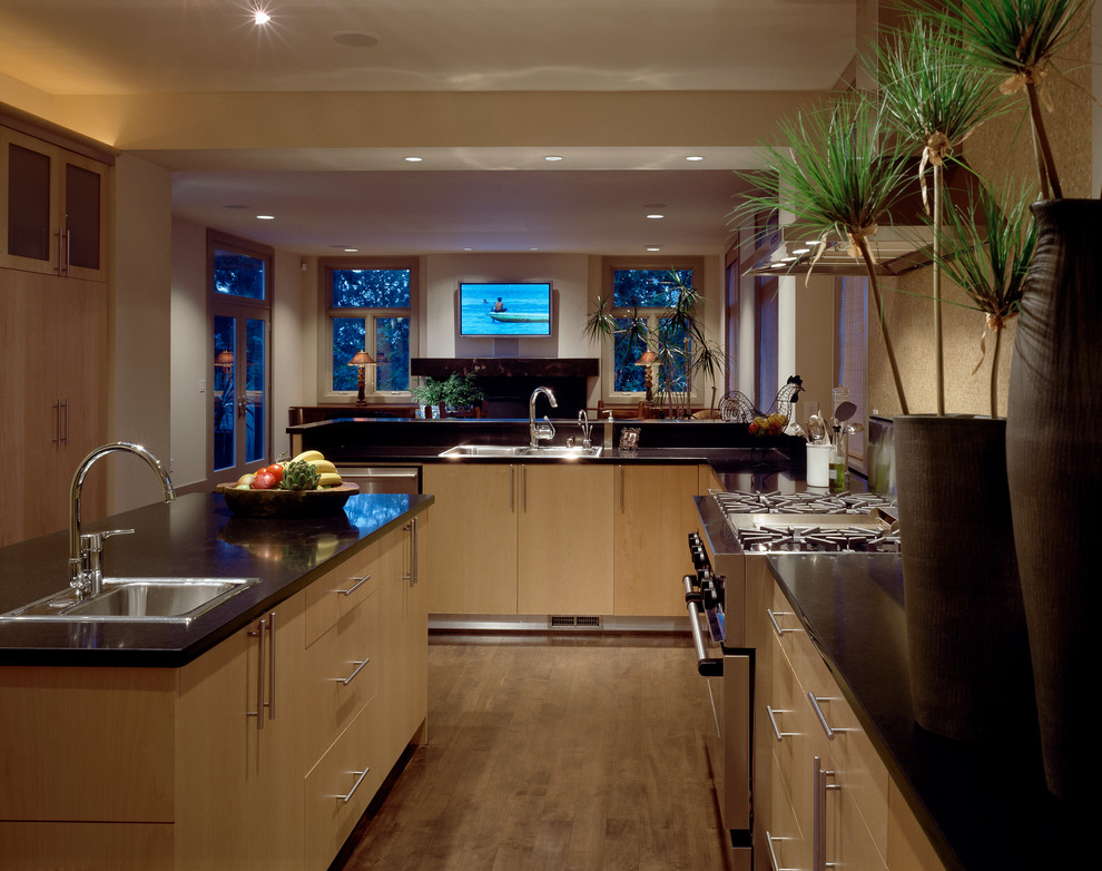 Clyde Hill Home Contemporary Kitchen Seattle By
