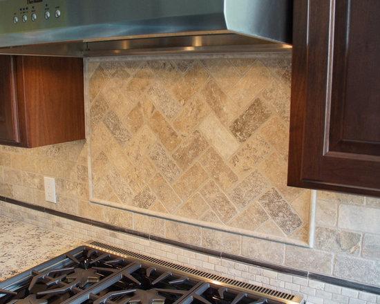 traditional eat kitchen design ideas remodels photos products kitchen kitchen fixtures bar sinks
