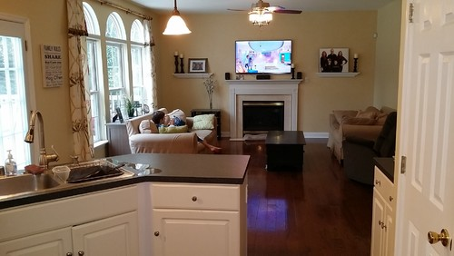 How to arrange furniture and decorate this open concept living room - open concept living room
