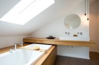 Bad im Dachstudio - Modern - Badezimmer - Frankfurt am ...