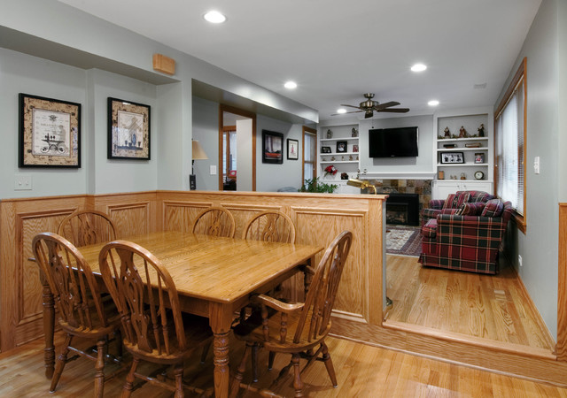 Aurora, Il -- Living Room and Kitchen Design and Remodel - Modern - living room remodel