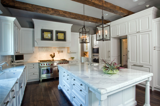 Ready Kitchen Cabinets Chicago Raised Panel, White Cabinet Kitchen With Oversize Island
