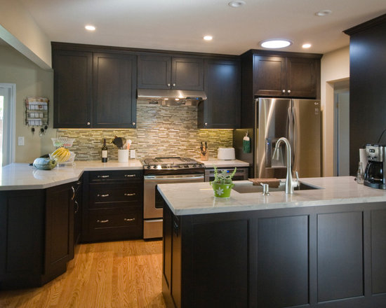 small kitchen design ideas remodels photos dark wood cabinets small eat kitchen design photos dark wood cabinets