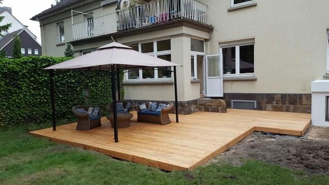 gartengestaltung mit holzterrasse. whirlpool einbauen ... - Gartengestaltung Mit Holzterrasse